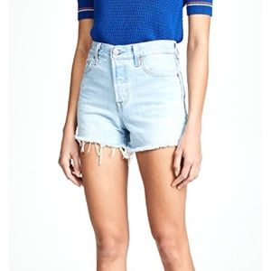 NWT LEVI'S Wedgie High Rise Jean Shorts